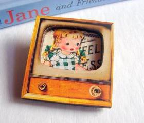 Little Girl With Pigtails And Hairbows - Television TV 3D Dimensional Pin Badge Brooch - Lg Chipboard Paper And Wood Decoupage Collage - Orange Blue Pink Polka Dots